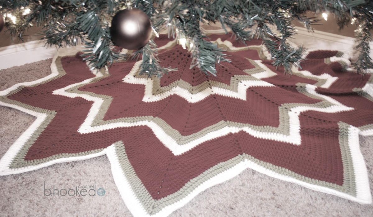 12 Pointed Star Crochet Christmas Tree Skirt B Hooked Crochet Knitting