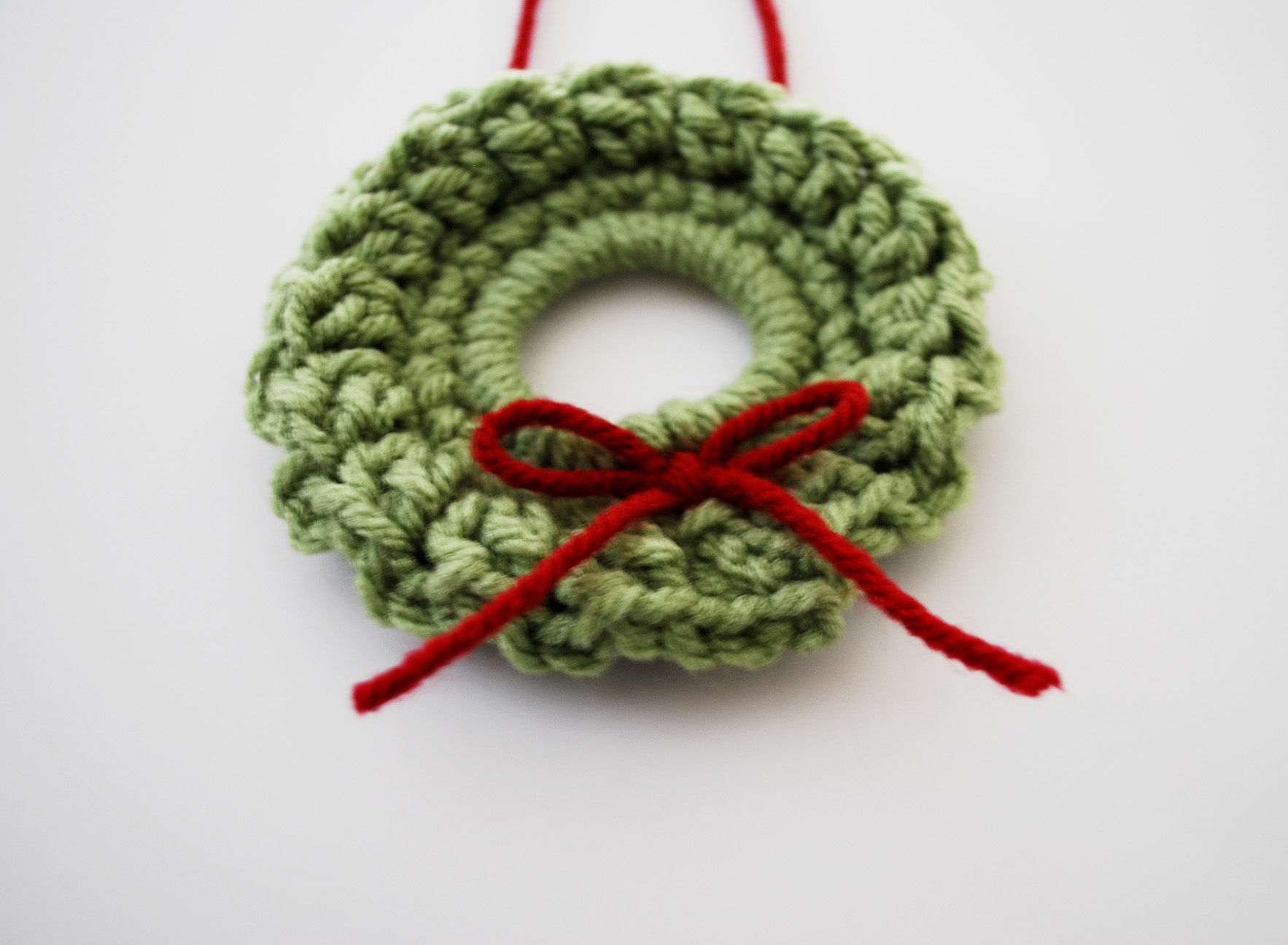 Christmas Crochet Patterns : christmas tree ornament crochet pattern free crochet