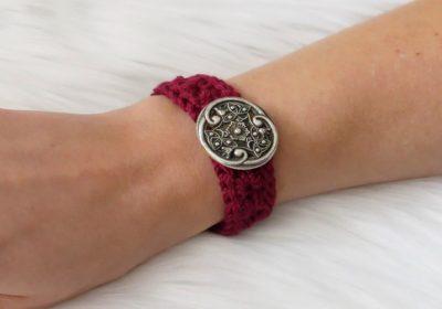 Star Stitch Crochet Bracelet