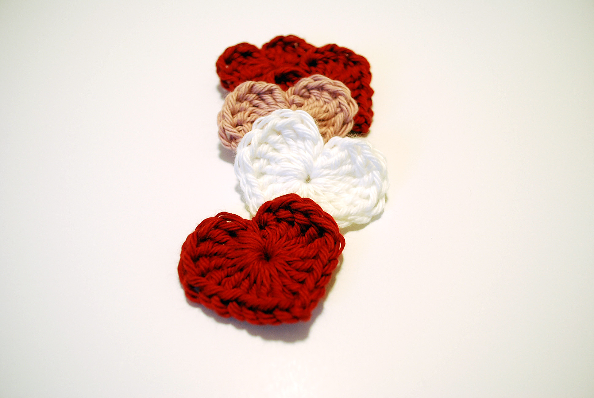 Crochet A Heart : Magic Heart: Free Pattern and Tutorial - B.hooked Crochet