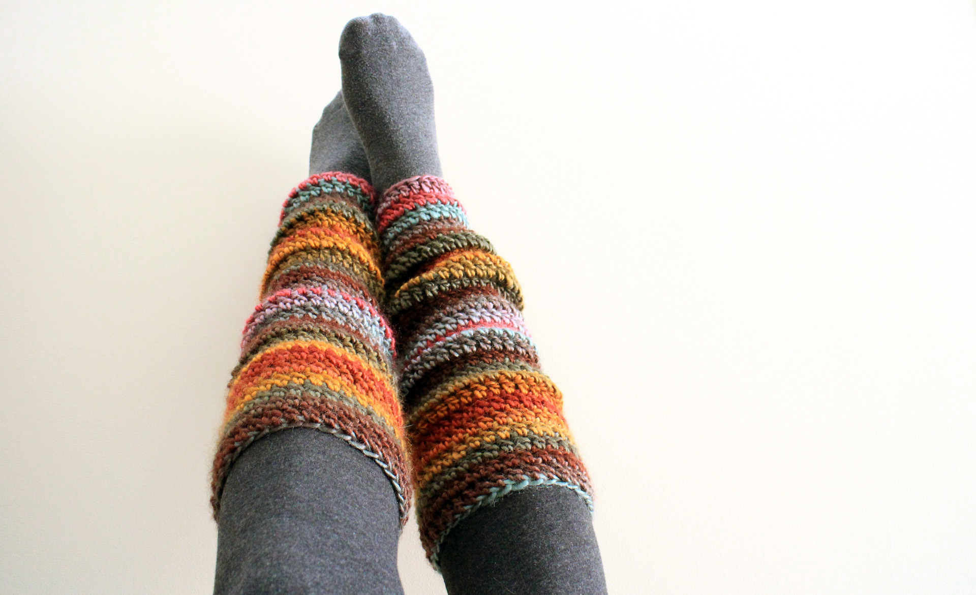 Crochet Leg Warmers : Beginner Crochet Leg Warmers:Video Tutorial and Free Pattern