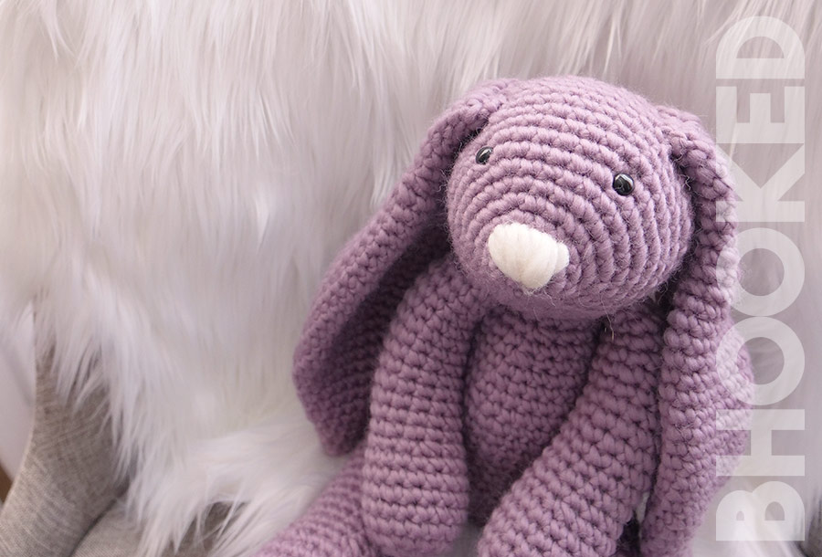 Pretty Bunny with floppy ears - Crochet Pattern - Amigurumi Today | 610x900