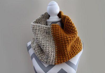 Two-Tone Tunisian Crochet Cowl