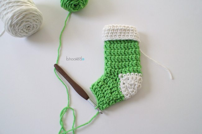 crochet-mini-stocking-foot
