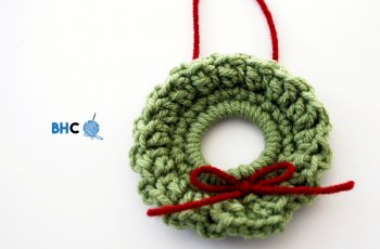 mini crochet wreath
