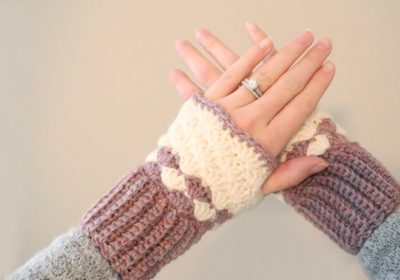 Shell Stitch Crochet Fingerless Gloves