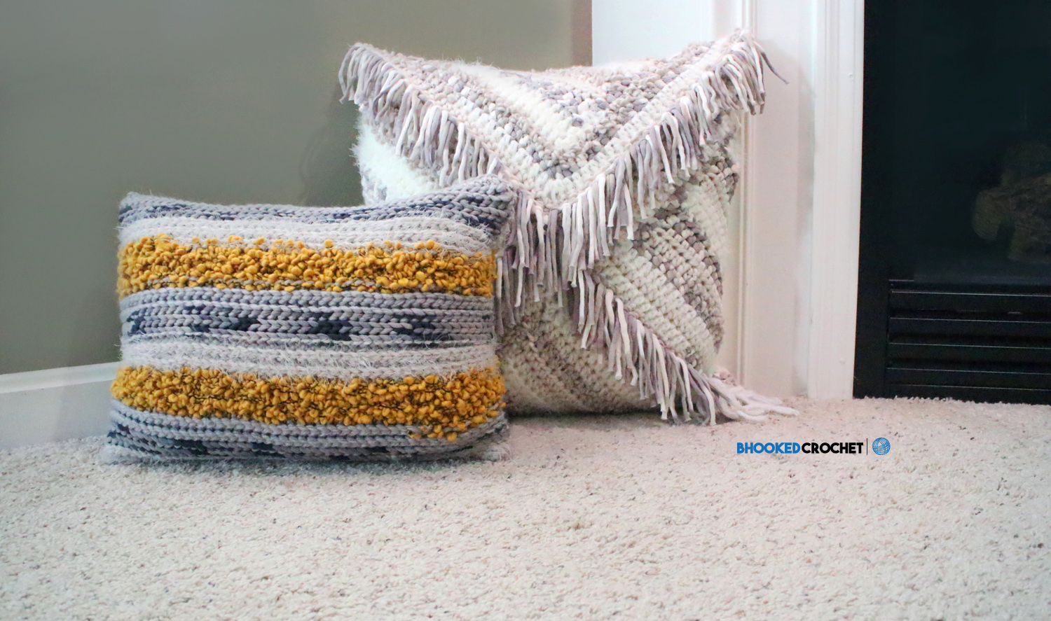 Mixed Yarn Crochet Pillow Set