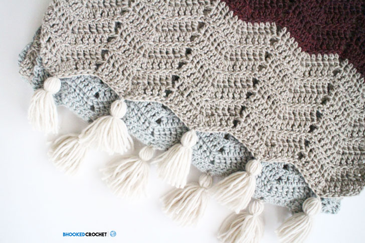 Chevron crochet super scarf