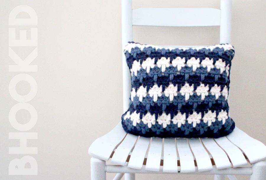 Larksfoot Stitch Crochet Pillow