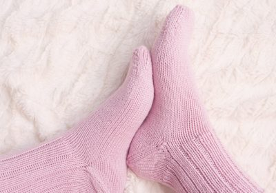 How to Knit Socks (for the first time)