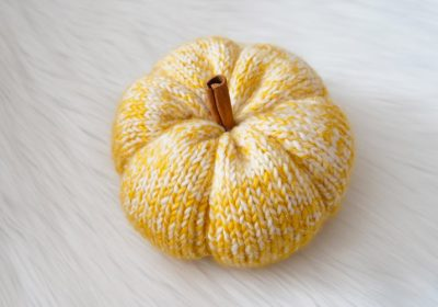 Quick and Easy Knit Pumpkins for Fall