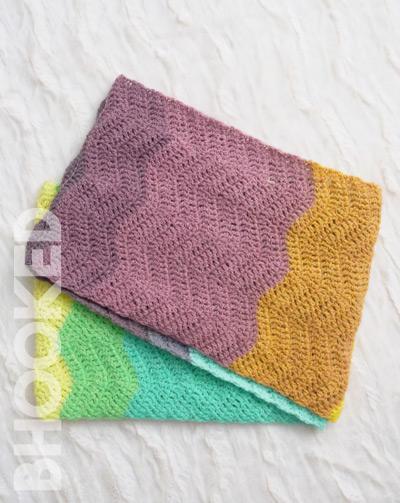 Classic Ripple Crochet Cowl
